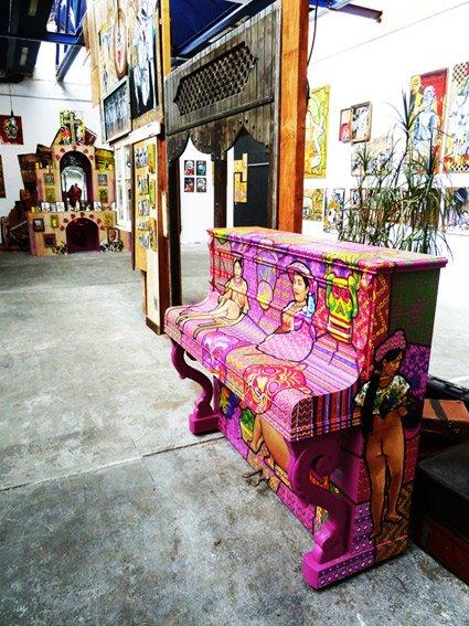 bazaar_piano_bd